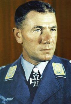 ✠ Ludwig Heilmann (9 August 1903 – 26 October 1959) RK 14.06.1941 Major Kdr III./Fsch.Jäg.Rgt 3