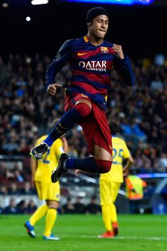 Neymar of FC Barcelona celebrates after scoring the opening goal from the penalty spot during the UEFA Champions League Group E match between FC Barcelona and FC BATE Borisov at the Camp Nou on November 4, 2015 in Barcelona, Catalonia.