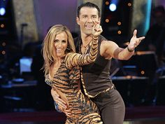 Fabian Sanchez & Marlee Matlin - Dancing With the Stars - season 6 - spring 2008 Celebrity Stars, Celebrity Crush, Marlee Matlin, Hannah Brown, Bsl, Deaf Culture, Beautiful Costumes, Ballroom Dancing, Community Events