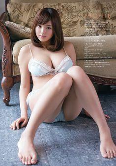 篠崎愛 (Ai Shinozaki)