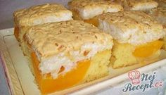 Meruňkové řezy s kokosovou pěnou Czech Desserts, Sweet Recipes, Cake Recipes, Kolache Recipe, Apricot Cake, Bread Dumplings, Czech Recipes, Types Of Cakes, Food Cakes