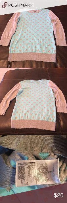 Polka Dot Banana Republic Sweater This light blue and grey polka dot sweater from Banana Republic is so cute layered with a button down shirt for work or with jeans and boots. EUC - maybe worn once or twice. Size Small. Banana Republic Sweaters Crew & Scoop Necks