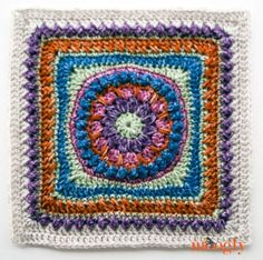 Moogly CAL Afghan Block Felicity Square by Carolyn Christmas of Pink Mambo - free crochet pattern. Crochet Squares Afghan, Crochet Blocks, Granny Square Crochet Pattern, Crochet Granny, Crochet Motif, Crochet Yarn, Granny Squares, Crochet Patterns, Crochet Afghans