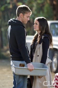 Wilson Bethel as Wade and Rachel Bilson as Dr. Zoe Hart in HART OF DIXIE on THE CW.