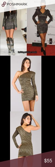 Brian Lichtenberg Gold Glitter Dress Shoulder Pad Gorgeous Brian Lichtenberg Gold Glitter Dress (XS) size  Show stopper Dress!  Is Sold Out /discontinued  Pictures don't do this dress justice! Beautiful and glittery, perfect for vegas!  This iconic dress style has been worn by The celebs like Paris Hilton, Kim Kardashian to Katie Perry.   	INCHES	U.S.	EUROPE XS	24''     25''	2 - 4	32 - 34  Worn only once, great condition. Stretchy and form fitting Removeable shoulder pad. One sleeve  One…