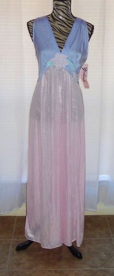 Vintage C.1950's Designer Yolande Pink and Blue Negligee Ladies Nightgown Pristine Mint Never Worn, with Original Tags. Rare and One of a Kind Vintage Lingerie.
