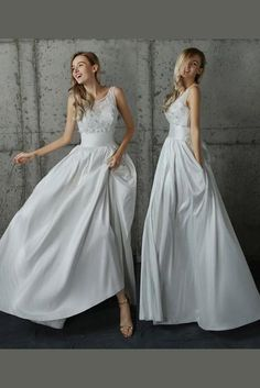 eb72aef0b5 White A Line Floor Length Scoop Neck Sleeveless Appliques Wedding Dress
