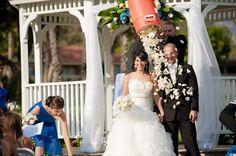 Dream Team Sports Wedding Theme! Wedding Tips, Wedding Blog, Wedding Ceremony, Wedding Planning, Football Wedding, Sports Wedding, Themed Weddings, Dream Team, Bridal Looks