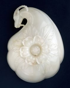 Wine cup made for the a emperor Shah Jahan, India 1628-1658 - White Nephrite Jade