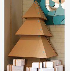 Árbol de navidad reciclado: ¿Aún no habéis decorado la casa para navidad? ¡Empezad por el árbol!