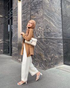 Modest Fashion Hijab, Modern Hijab Fashion, Muslim Women Fashion, Street Hijab Fashion, Casual Hijab Outfit, Hijab Fashion Inspiration, Hijab Dress, Office Outfits Women, Mode Outfits