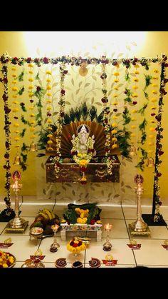Eco Friendly Ganpati Decoration, Ganpati Decoration Design, Mandir Decoration, Ganapati Decoration, Housewarming Decorations, Diy Diwali Decorations, Backdrop Decorations, Festival Decorations, Flower Decorations