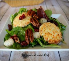 Toasted goat cheese, candied pecan and pear salad