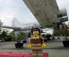 LEGO Collectible Minifigures Series 3 : Pilot