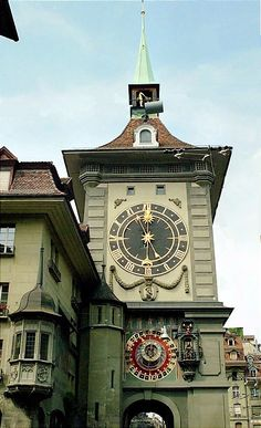 Clock Tower in Old Town Bern, Switzerland Copyright: Terez Anon