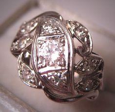 Antique Diamond Wedding Ring Vintage Art Deco by AawsombleiJewelry