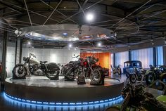 Trev Deely Motorcycles, Vancouver's largest Harley-Davidson dealer, had Vancouver's Karo Design create a specially designated space for this mini-museum adjacent to its retail space. When it came to building the massive ceiling-mounted motorcycle wheel that forms the enormous functional lighting fixture, Karo naturally came to 3DS. #Realization