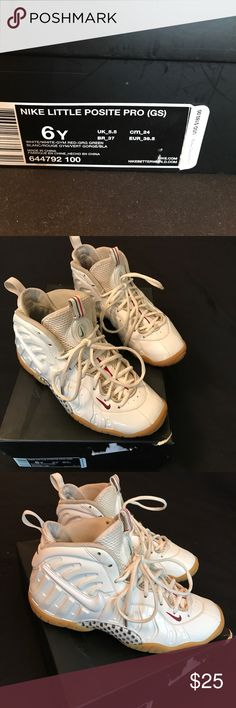 NIKE AIR FOAMPOSITES NIKE AIR FOAMPOSITES. White, red, green with bubble gum sole. Good condition. Needs to be cleaned. Original box.   SIZE BIG KIDS 6 FITS WOMENS 7 1/2-8 Nike Shoes Sneakers