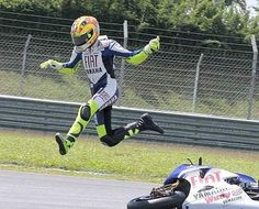 Moto Gp crash | MotoGP Sepang test: Valentino Rossi explains first Bridgestone crash