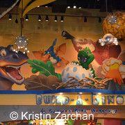 T rex cafe brings dinosaurs to life in kansas city for Disney dining plan t rex