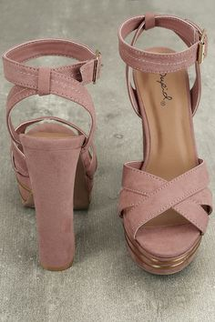438f7ede184 Jessica Simpson heels