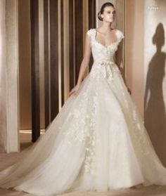 vintage wedding dress love love love this wedding dress ethereal Aglaya wedding dress by Elie Saab for Pronovias 2011 bridal collection Wedding Dress Styles, Dream Wedding Dresses, Bridal Dresses, Wedding Gowns, Tulle Wedding, Wedding Bride, Weeding Dress, Modest Wedding, Mermaid Wedding