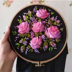 Ribbon Embroidery Tutorial, Bead Embroidery Patterns, Embroidery Bags, Flower Embroidery Designs, Silk Ribbon Embroidery, Cross Stitch Embroidery, Egg Carton Crafts, Diy Crafts For Home Decor, Ribbon Work
