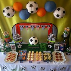 themed birthday party with Lots Soccer Birthday Parties, Sports Theme Birthday, Football Birthday, Soccer Party, Birthday Party Decorations, 5th Birthday, Soccer Ball, Birthday Ideas, Food Ideas