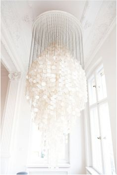 Now, THAT'S a chandelier!