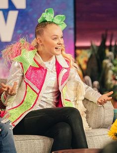 Dawn Harper, Jojo Siwa Outfits, Heathers The Musical, Zombie 2, Harajuku, Amber, Bedroom, Celebrities, Pictures