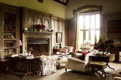 Chintz Sofa in Wood-Panelled Library in Chintz Decoration Ideas on HOUSE - design, food and travel by House & Garden.The wood-panelled library at Wardington Manor in Oxfordshire features a chintz sofa.