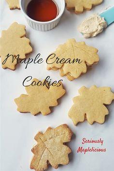 Kanadische Maple Cream Cookies  Diese Maple Cream Cookies sind eine köstliche Liebeserklärung an Ahornsirup und Butter. Hier in Kanada gibt es die mit Ahorn Creme gefüllten Kekse in jedem Geschäft, doch selbstgemacht schmecken sie einfach am besten!