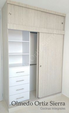 New Closet Modernos Madera 61 Ideas Deep Closet, White Closet, Bedroom Closet Design, Closet Designs, Bedroom Wardrobe, Wardrobe Closet, Wardrobe Storage, Bedroom Furniture, Bedroom Decor