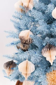 (Holiday) DIYs to Try: 12 DIY Ornament Ideas to Get your Tree Through the Holidays in Style