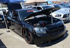 A Simple looking slammed Dodge Magnum - Torque News