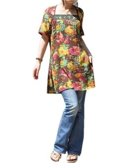 long floral tunic with jeans. Perfect for summer Cute Girl Outfits, Cool Outfits, Casual Outfits, Cool Style, My Style, Smock Dress, Couture, Girl Fashion, Fashion Design
