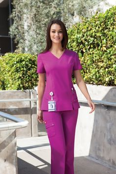 """Too bad this color """"magenta"""" is sold out errywhere in the BAY Más Cute Scrubs Uniform, Scrubs Outfit, Healthcare Uniforms, Medical Uniforms, Stylish Scrubs, Medical Scrubs, Nurse Scrubs, Uniform Design, Nursing Clothes"""