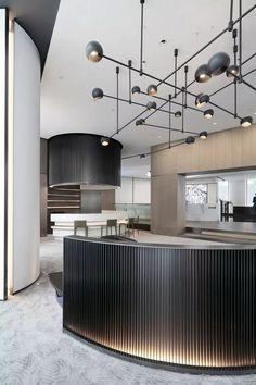 【DIA丹健国际】2500m²杭州融信世纪城售楼处 _欧模网设计圈_设计圈 Hotel Lounge, Lobby Lounge, Restaurant Design, Restaurant Bar, Interior Design Living Room, Living Room Designs, Dubai Houses, Counter Design, Backyard Pool Designs