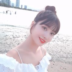 twice momo along the beach. we know shes prettier than the view. Kpop Girl Groups, Korean Girl Groups, Kpop Girls, South Korean Girls, Nayeon, Rapper, Extended Play, Peach In Japanese, K Pop