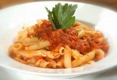 Bologna, Macaroni And Cheese, Spaghetti, Pasta, Meat, Chicken, Ethnic Recipes, Food, Mac And Cheese
