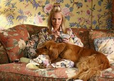 I am so in love with Kristin Chenoweth! I initially fell in love with her on the West Wing, but her performance on Pushing Daisies was so amazing. And her voice! Is there anything she can't do?!