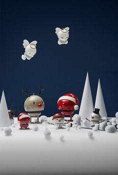 Es weihnachtet sehr mit Hoptimist und den Rentieren, Engeln, Santas und Schneemännern wie auch Schneefrauen. Hans Gustav Ehrenreich