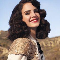 Hot Lana Del Rey #makeup #redlips
