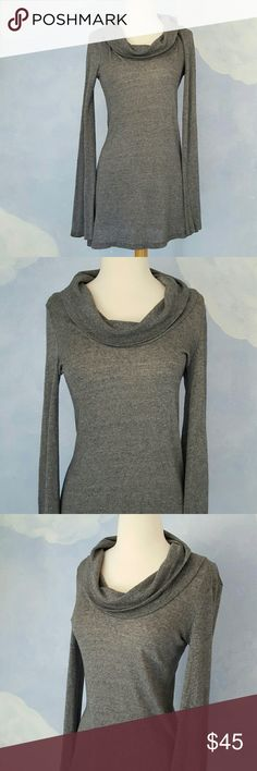 """Ella Moss Sweater Tunic Classic Ella Moss tunic in heather gray. Excellent condition. Slightly angled hem. See 4th photo. Looks fabulous with skinny jeans or leggings!  Measures 32"""" shoulder to hem; 15 1/2"""" across bust; sleeves measure 28"""". Has stretch. 75% Viscose; 25% wool. ?20% off all bundles? Offers welcome Ella Moss Sweaters Cowl & Turtlenecks"""
