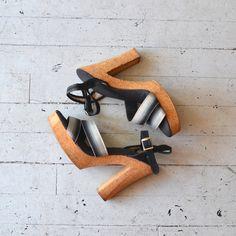1970s Ombre Ribbon platforms • vintage cork heels • black platform clogs