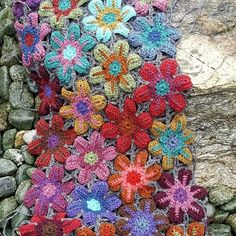 The icelandic  blanket is growing...VERY slowly..#iceland #lopi #crochet #blanket #handmade #colour