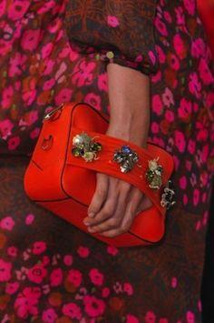 50 bolsos imprescindibles para la Primavera/Verano 2014: Fotos de los modelos