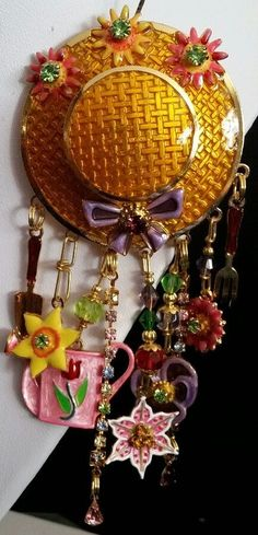 Lunch at The Ritz Gardening Pin/Pendant  - Flowers Spring Pansy #LunchatTheRitz #Pin
