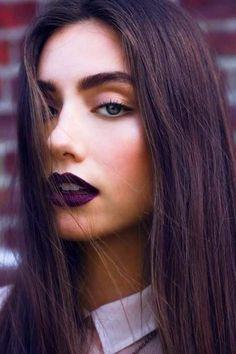 Trendy Purple Lips Makeup Looks