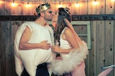 A cute costume for couples (tooth + tooth fairy!)